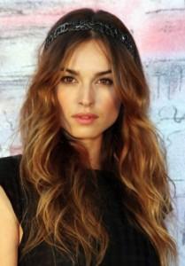 kasia-smutniak-fascia-per-capelli-chanel